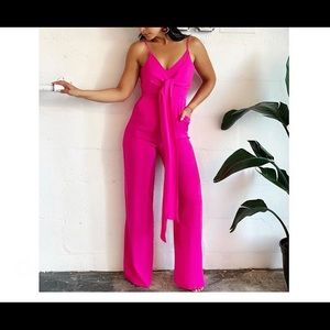 🔥 Pink Jumpsuit! So cute for Summer events!